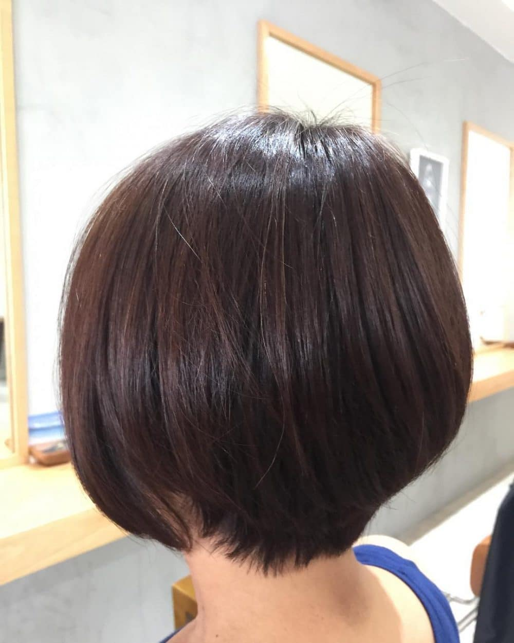 43 Youthful Short Hairstyles For Women Over 50