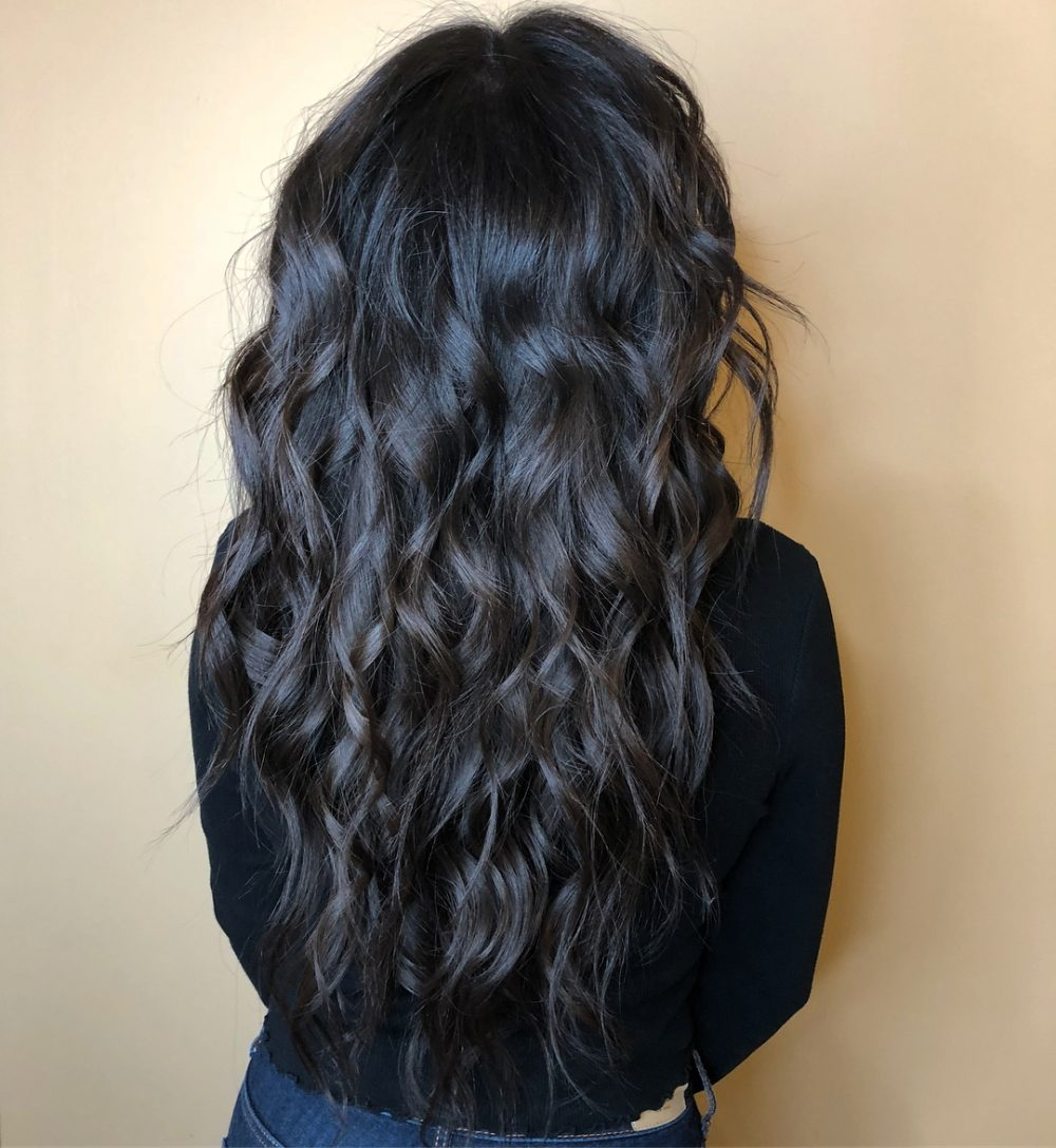 Sexy Textured Beach Waves hairstyle