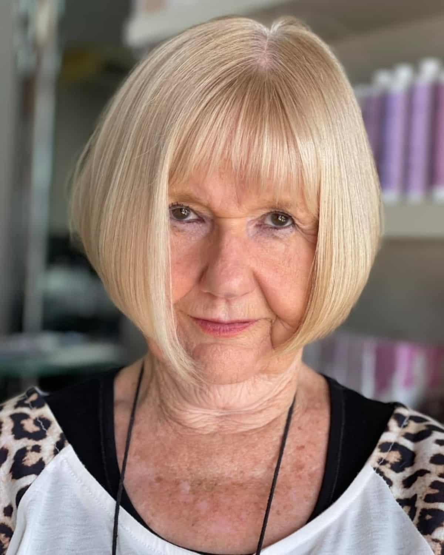 corte de pelo corto para mujeres mayores con cabello fino