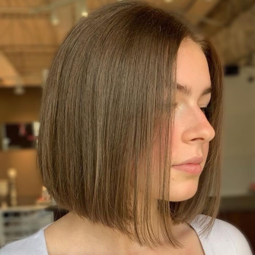 21 Flattering Short Haircuts For Oval