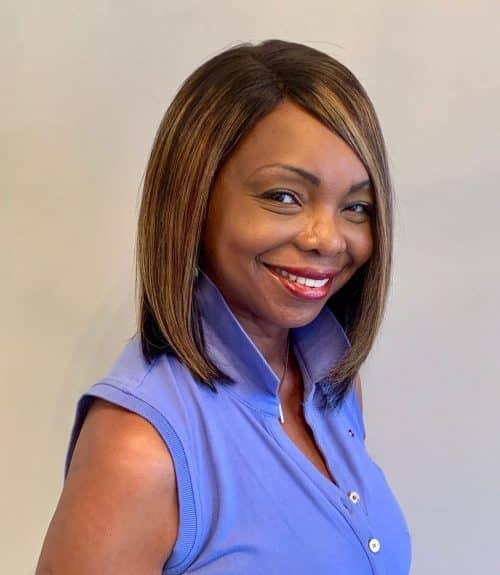 peinado bob corto para mujer negra mayor de 40