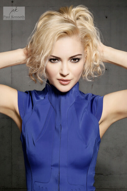 short-curly-blonde-hair