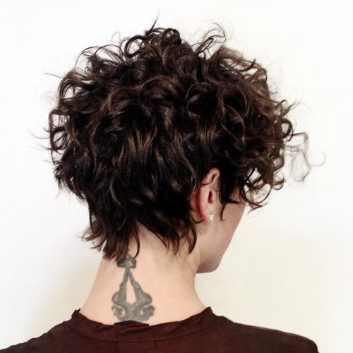 31 Sexy Short Curly Hairstyles & Haircuts for 2018