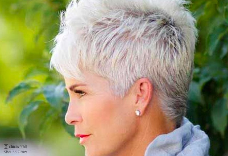 Hairstyles for mature oval faces