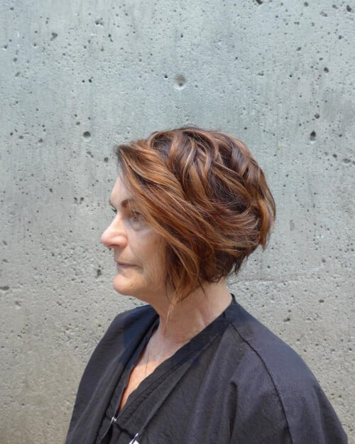 39 Classiest Short Hairstyles for Women Over 50 of 2018