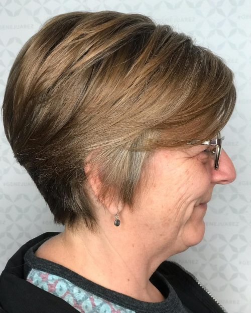 16 Best Short Hairstyles For Women Over 50 With Glasses
