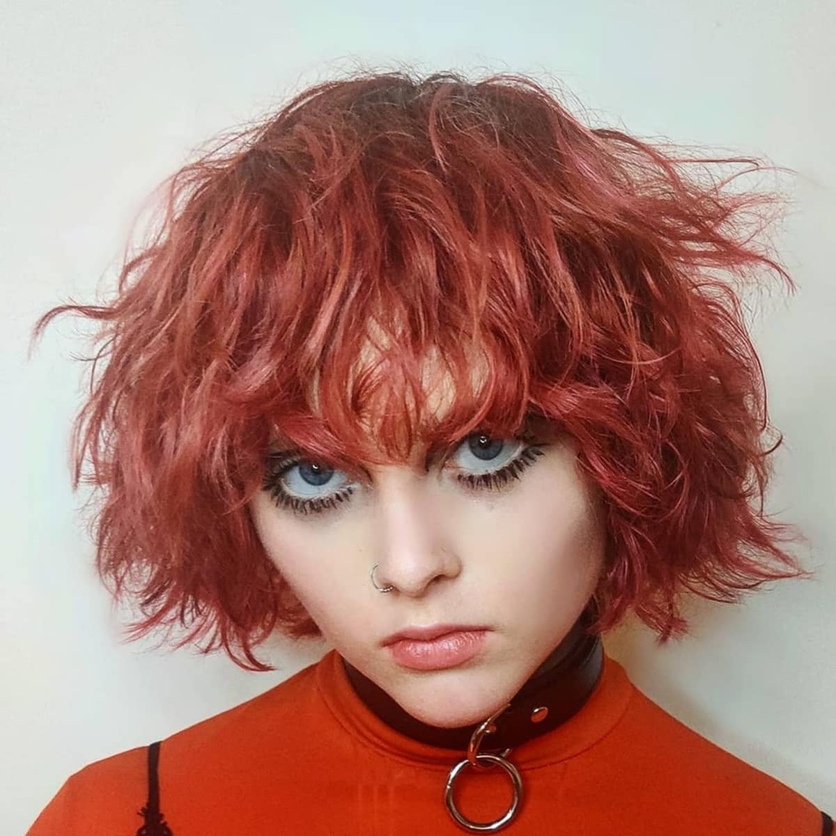 Peinado corto de punk rock shag