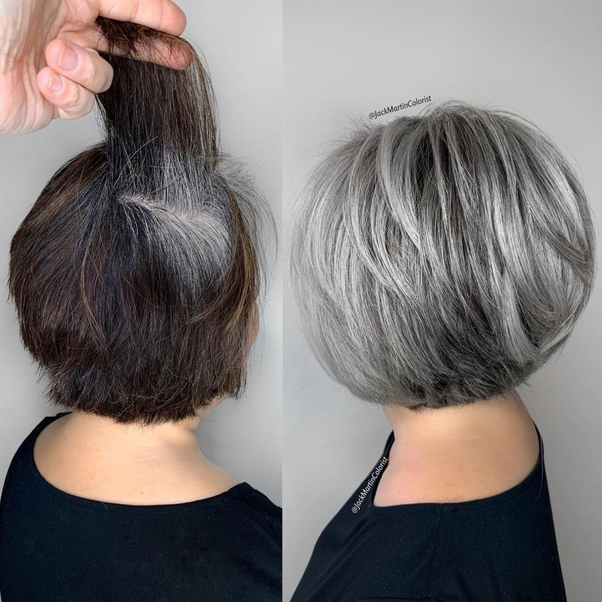 Capas de textura corta para mujeres con cabello gris fino 60+