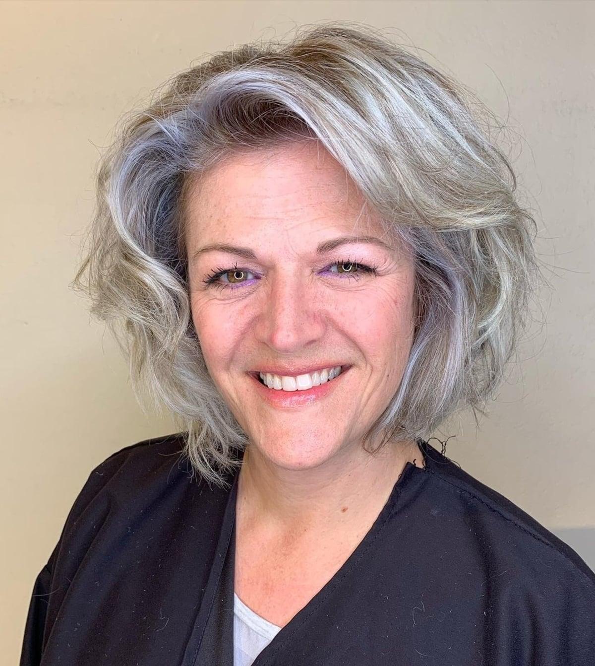 4 Flattering Short Haircuts for Older Women in 4