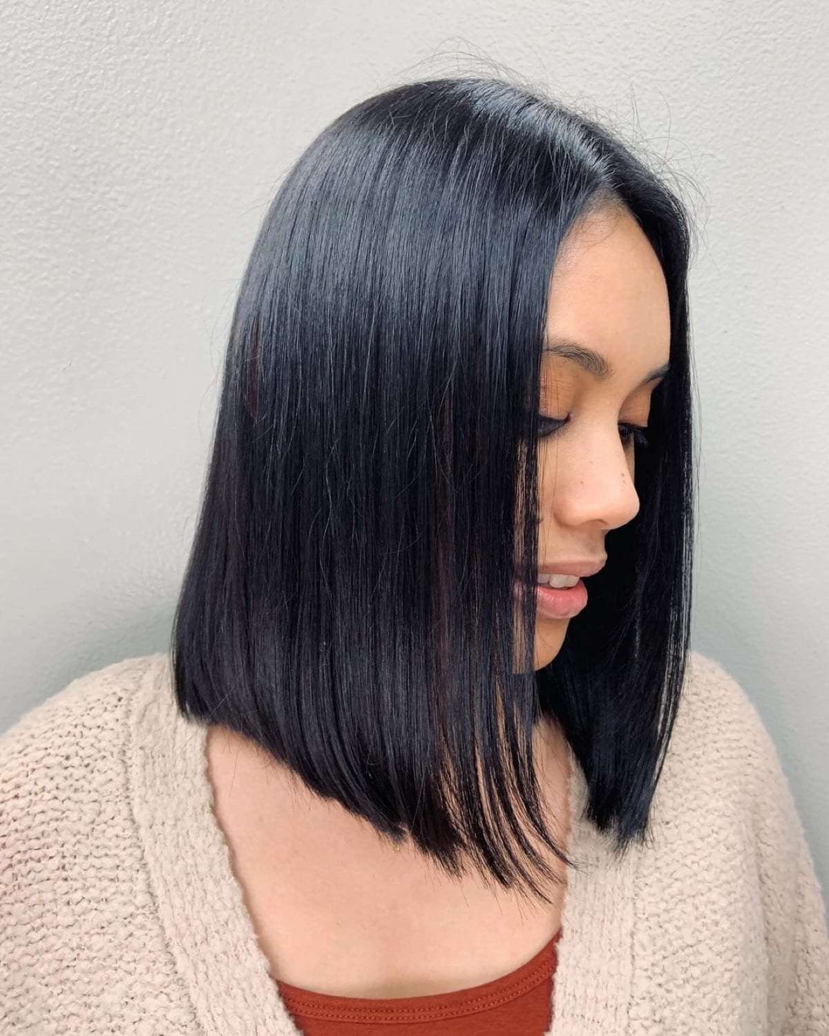 9 Best Blunt Cut Bob Haircuts for Every Face Shape