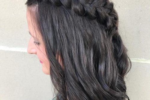 Cutest medium length hairstyles