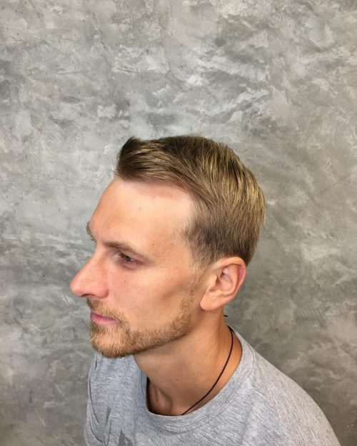 Flequillo de barrido lateral para cabello fino