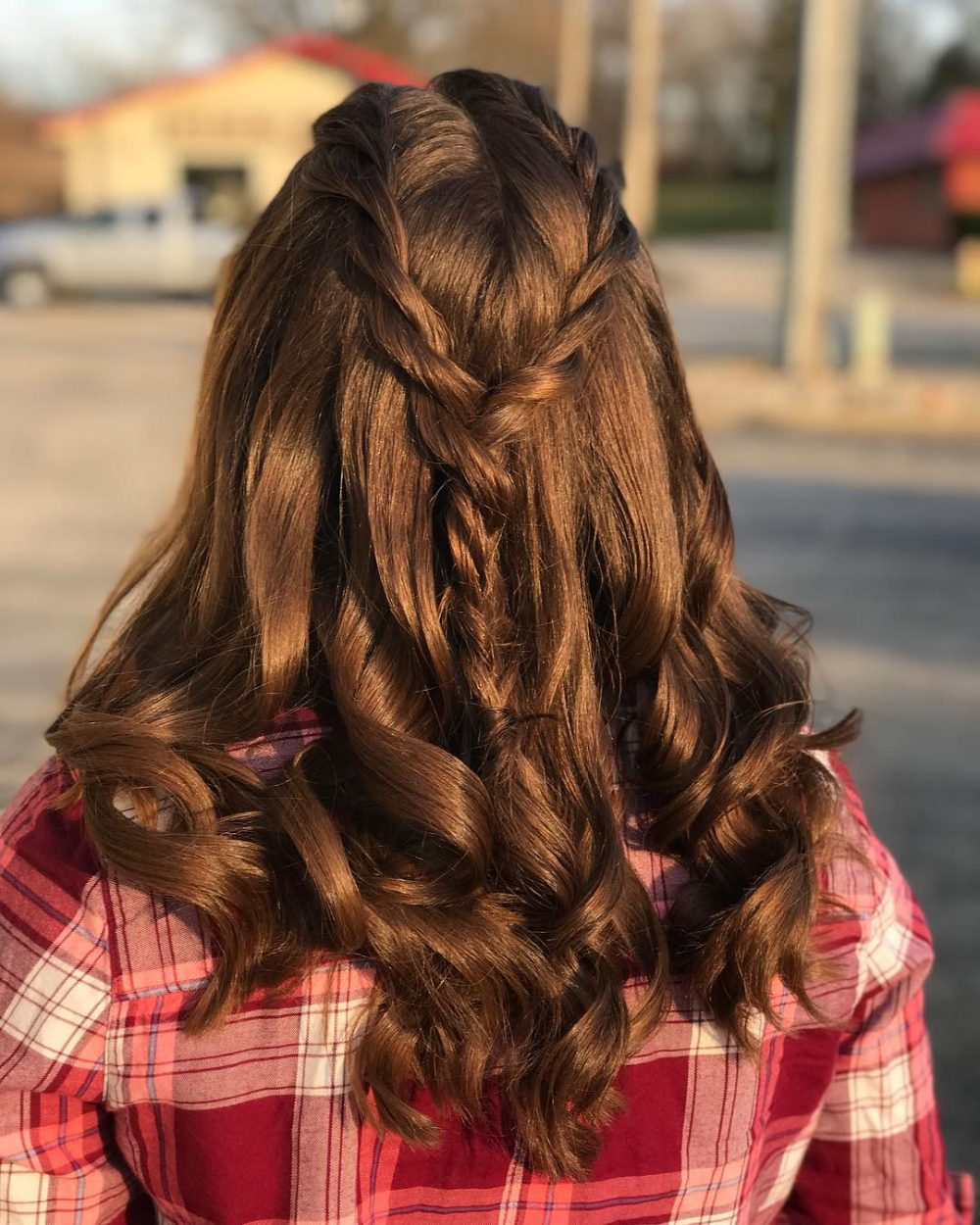 23 Cute Prom Hairstyles for 2020 - Updos, Braids, Half Ups & Down Dos
