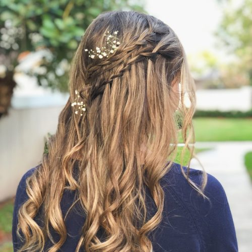 Picture of simple yet elegant boho hairstyle