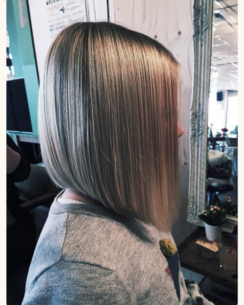 sleek cheek bob haircut