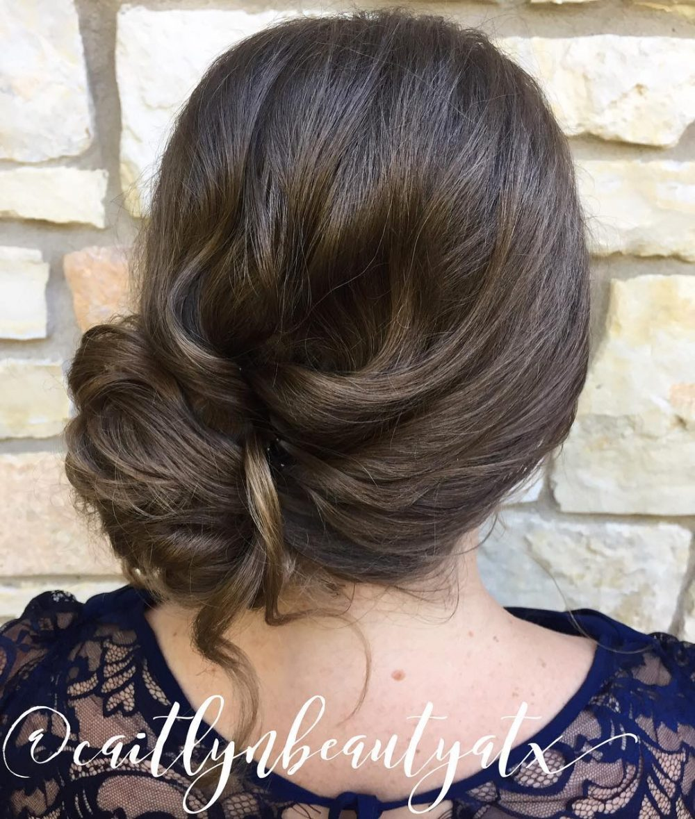 21 Super Easy Prom Hairstyles To Try