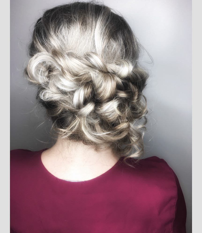 Soft But Elegant hairstyle