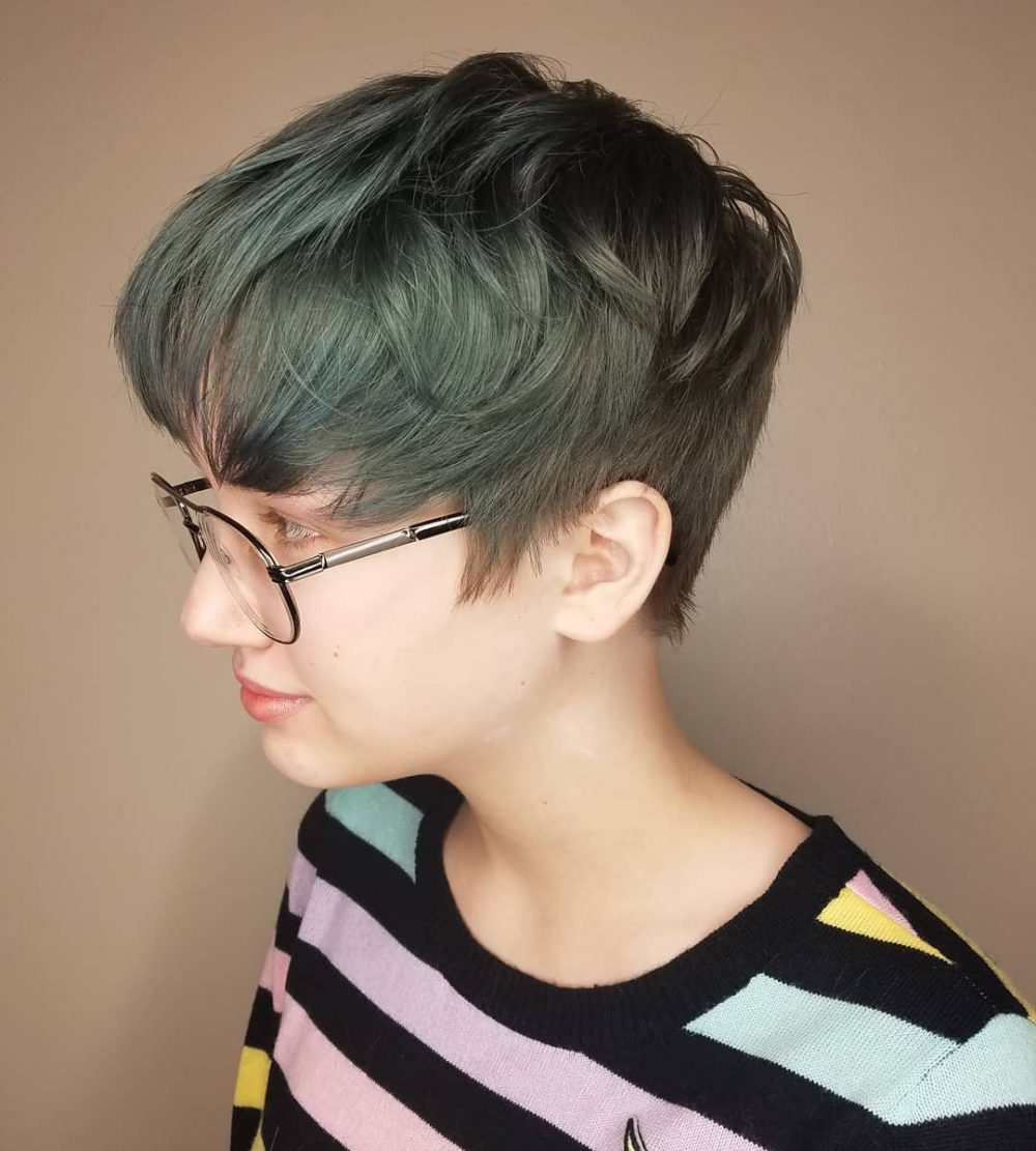 A Soft Disconnected Pixie Cut