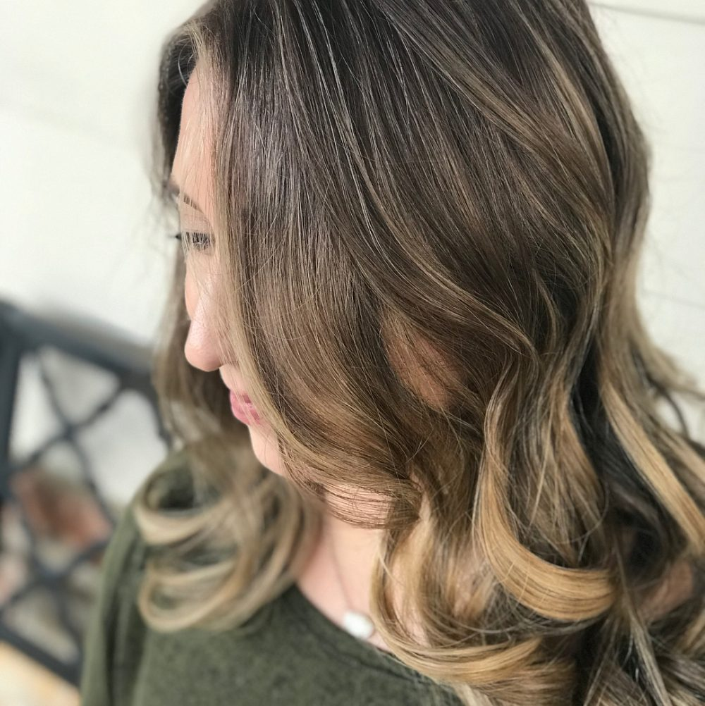 Soft Lived-In Curls hairstyle