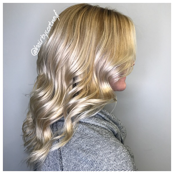 Soft Wavy Curls hairstyle