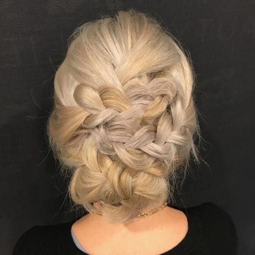 Soft and Undone hairstyle