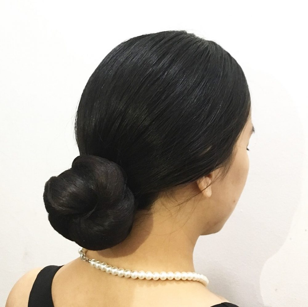 Sophisticated & Effortless hairstyle