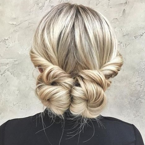Picture of a subtle and bold date night hairstyle