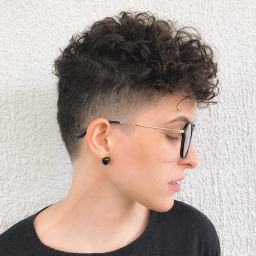 19 Cute Curly Pixie Cut Ideas For Girls With Curly Hair