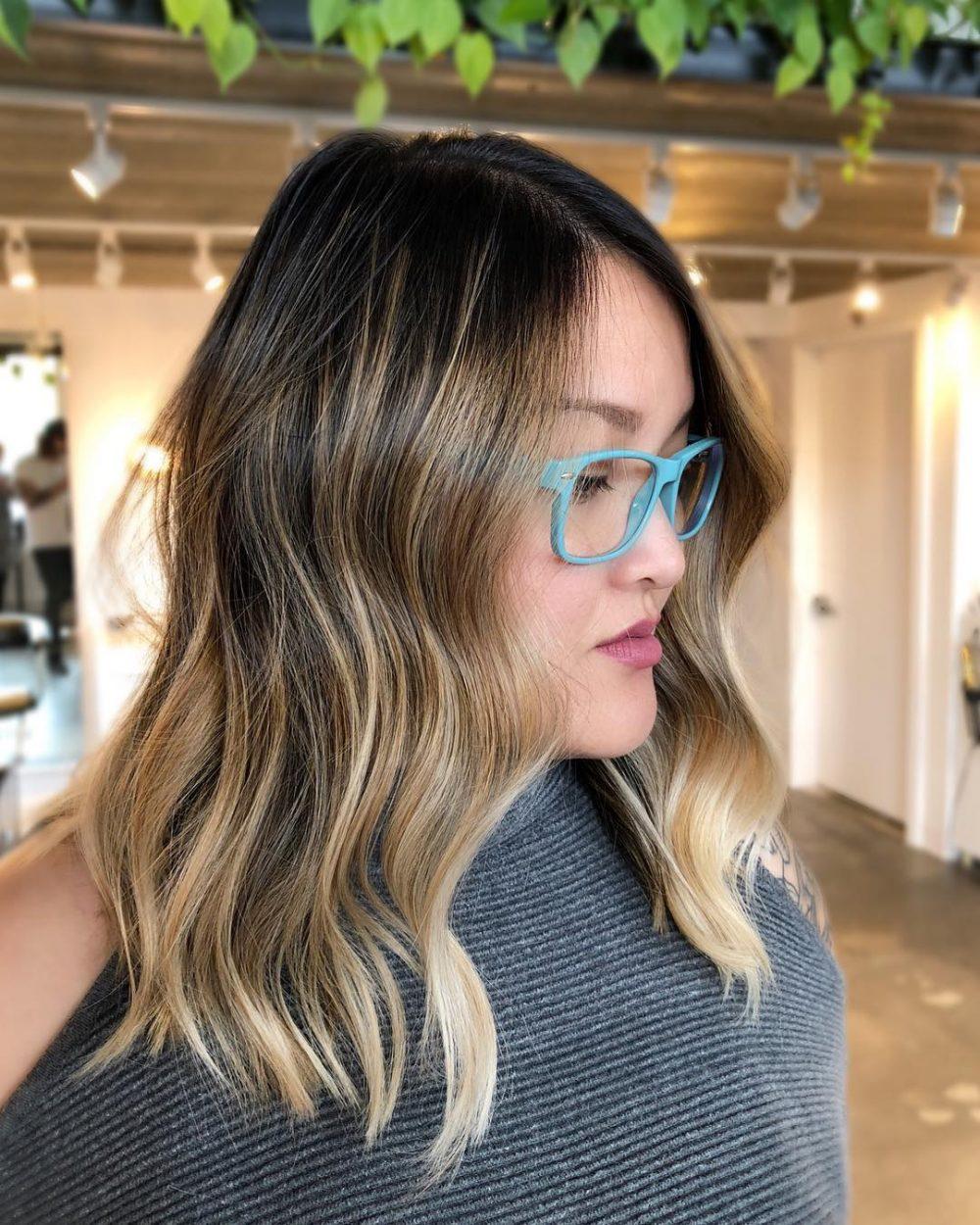 Teasy Highlights on Collarbone Length Hair
