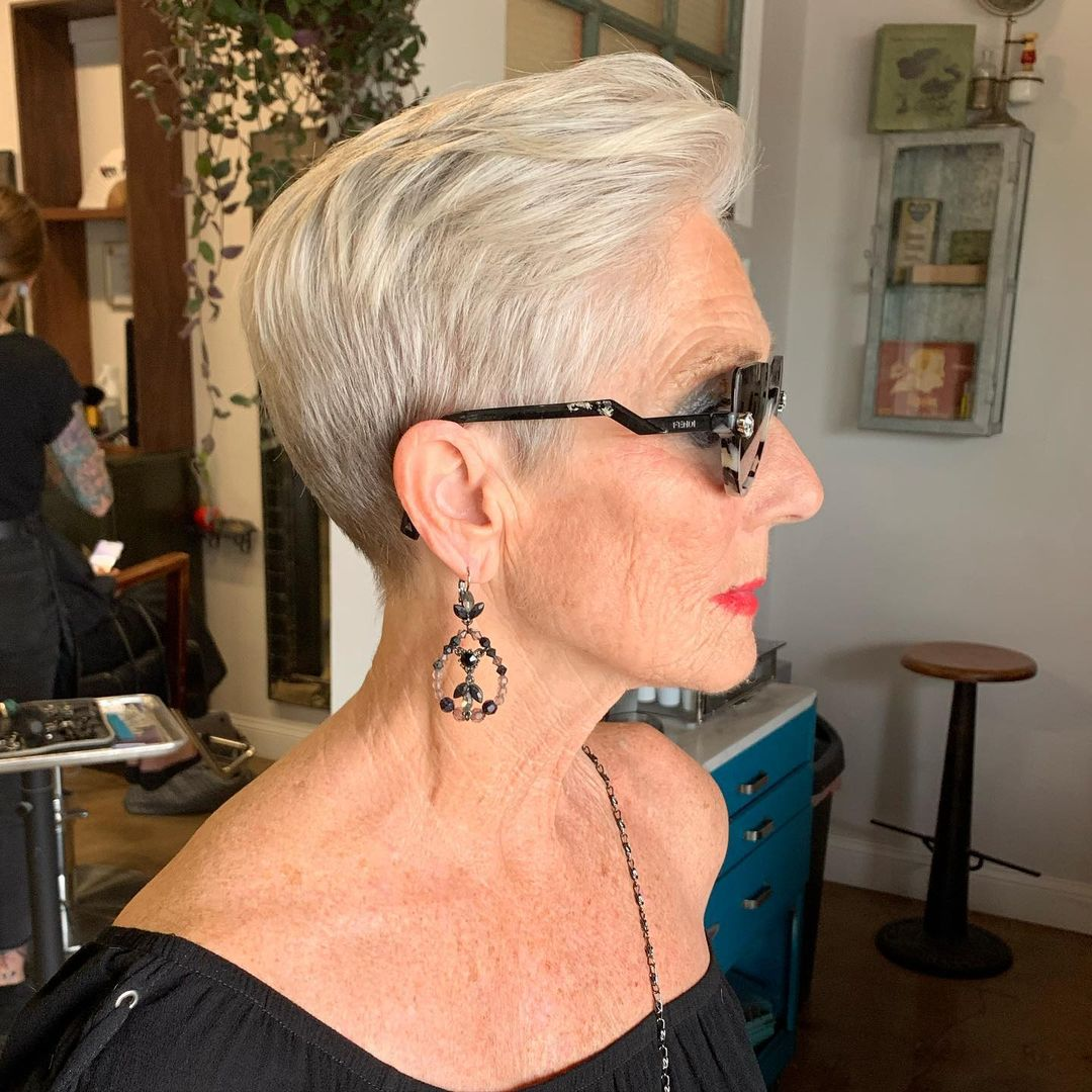 Textured Crop Hairstyles for Women Over 60 with White Blonde Hair
