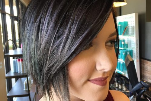 Fantastic short haircuts for women with long faces