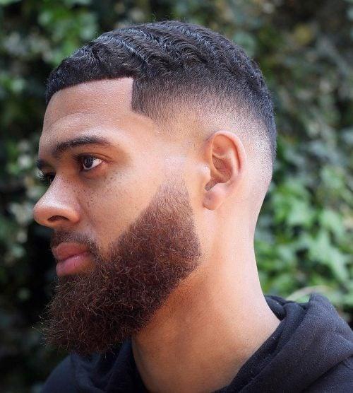El corte de pelo del caballero negro