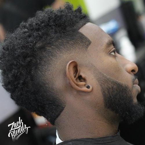 El faux hawk faded cut para hombres negros