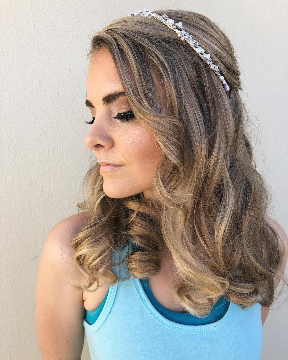 medium hair formal styles prom hairstyles with a headband hairstyles by unixcode 3330