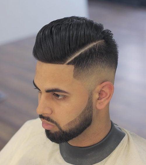 Parte lateral con un corte de pelo recortado