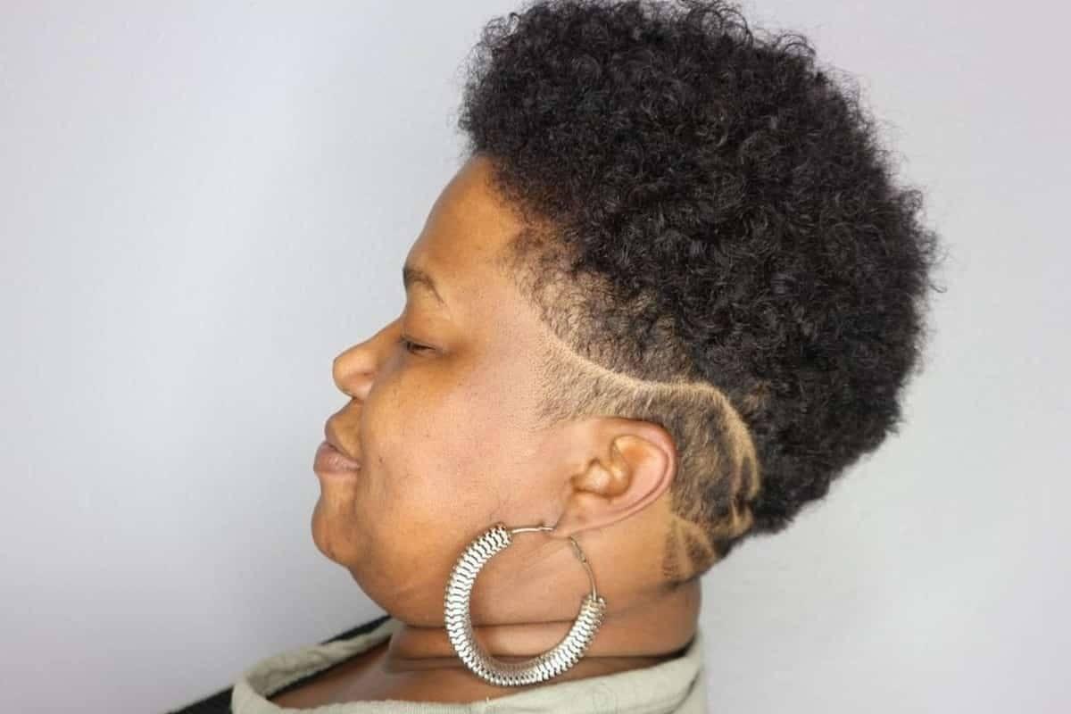 Modelos de corte de pelo para mujeres negras mayores de 50 años