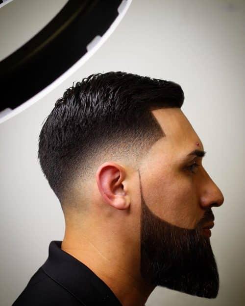 Fade socavado con barba