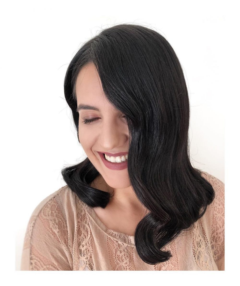 Vintage Glam Waves hairstyle