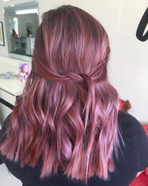 Picture of a violet rose gold twist