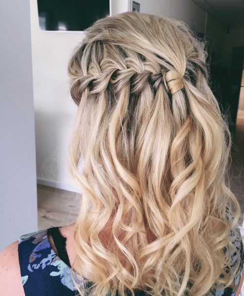23 Cute Prom Hairstyles for 2021 - Updos, Braids, Half Ups ...