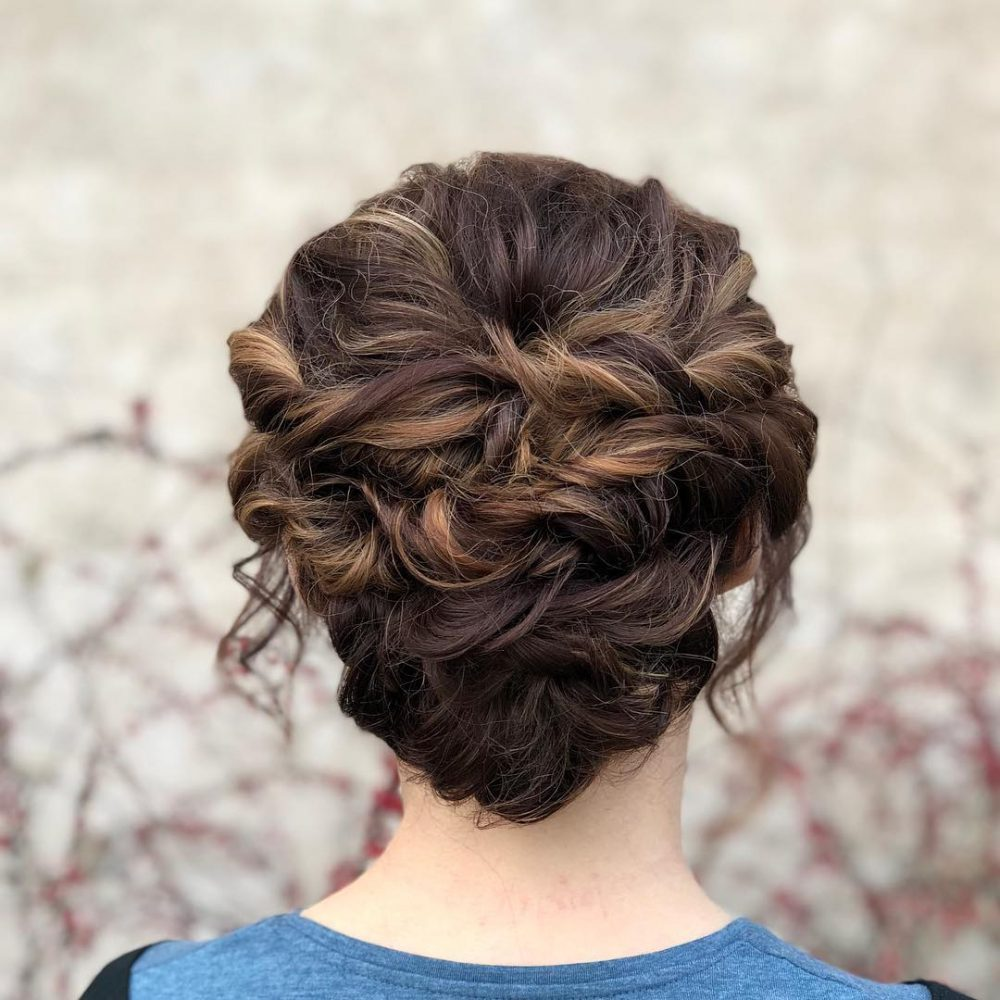 26 Simple Updos That Are Breathtakingly Popular for 2018