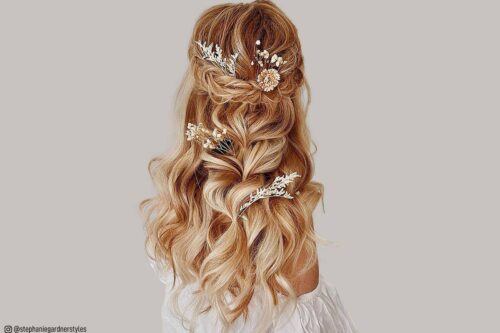 Beautiful Wedding Hairstyle For Long Hair Perfect For Any: 17 Gorgeous Wedding Updos For Brides In 2019