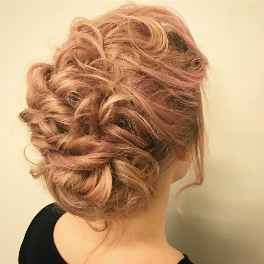 Whimsical & Textured hairstyle